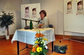 Christine Westermann bei der Lesung, fotografiert von Dr. Ulf von Krause