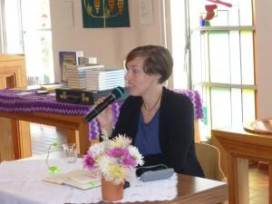 Sarah Orlovsky bei ihrer Lesung in Sevelen